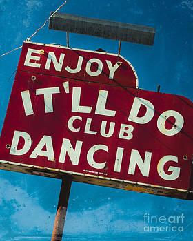 Sonja Quintero - Vintage Club Sign