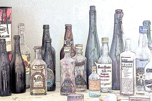 Heiko Koehrer-Wagner - Vintage Glass Bottle Mingle-Mangle