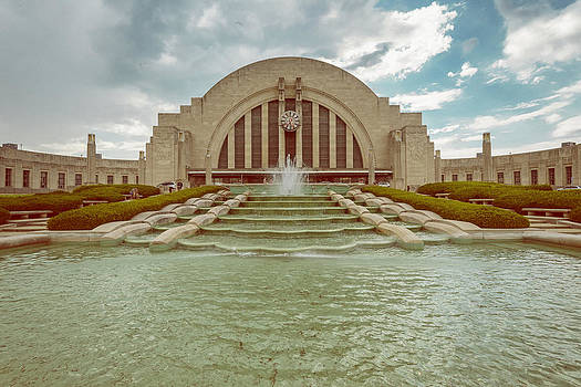 Vintage Union Terminal by Dick Wood