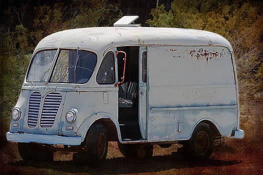 Gunter Nezhoda - Vintage Van