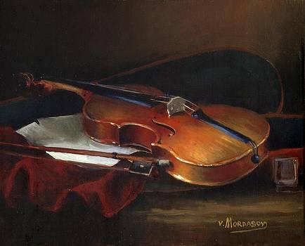 Violin by Victor Mordasov