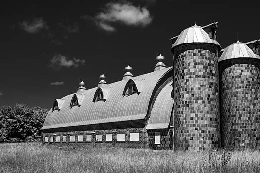 Virginia Building by Thomas Sauerwein