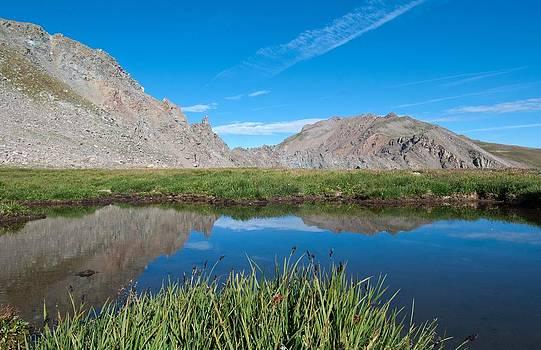 Harvard Peak Alpine Reflection by Cascade Colors