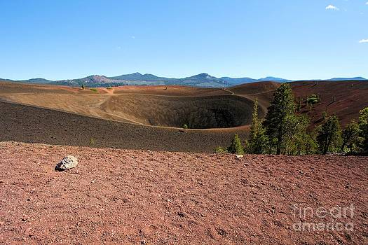 Adam Jewell - Volcanic Hole