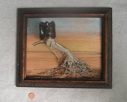 Vulture on Stump by Roger Swezey