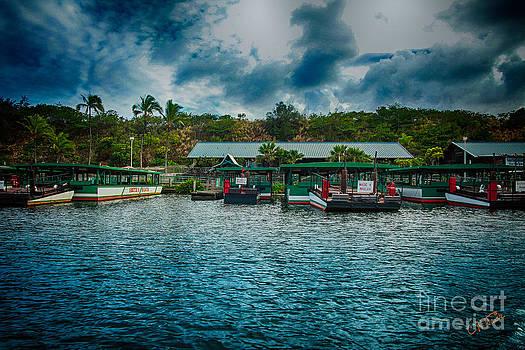 Charles Davis - Wailua River boats