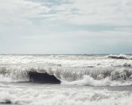 Lisa Russo - Walk on the Ocean