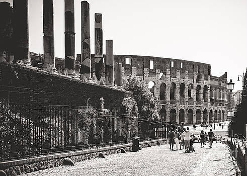 Walk to the Colosseum by Christina Klausen