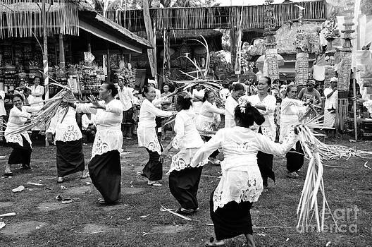 War Dance by Wayan Suantara
