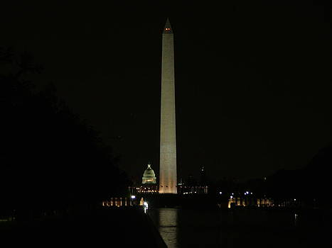 Washington Monument by Geoffrey McLean