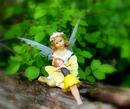 Linda Rae Cuthbertson - Watching Over You - Woodland Fairies