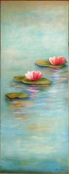 Water lilies by Michal Shimoni