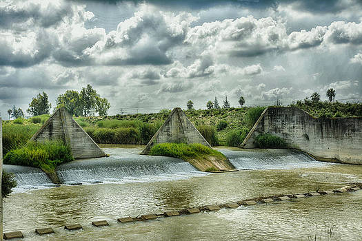 Water to the fields... by Ckworkshop