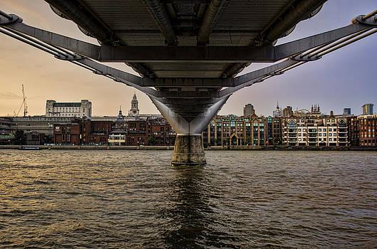 Heather Applegate - Water Under the Bridge