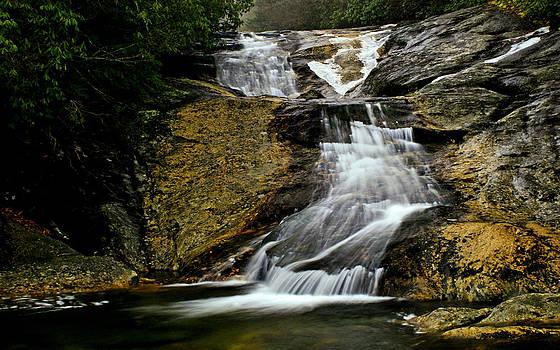 Matthew Winn - Waterfall in Ice