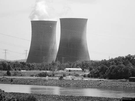 Watts Bar Nuclear Dam by Regina McLeroy