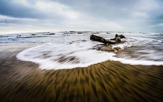 Wave 4 by Gilbert Wayenborgh