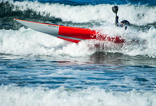 Wave Kayaker by Rod Mathis