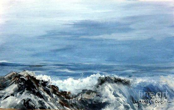Waves a Crashing by Lynne Parker