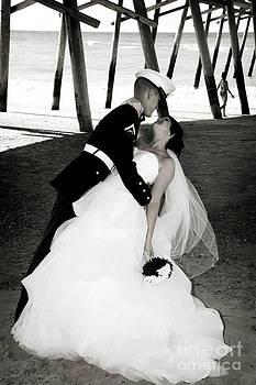 Nancy Stein - Wedding Kiss