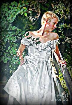 Samantha Radermacher - Wedding Walk