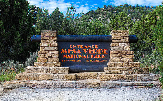Welcome to Mesa Verde by Dany Lison