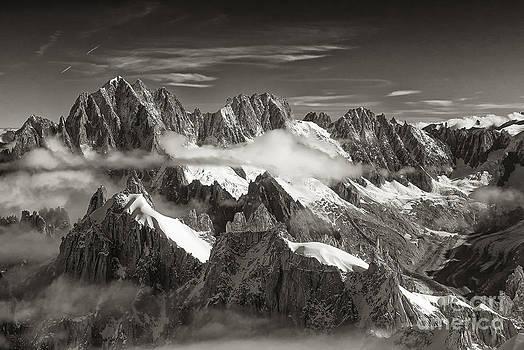 Western Alps - Panorama by Juergen Klust