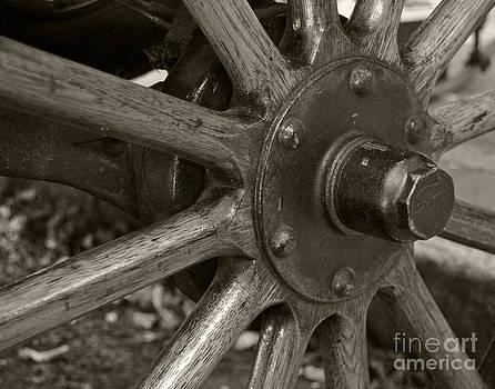 Leslie Cruz - Wheel Detail