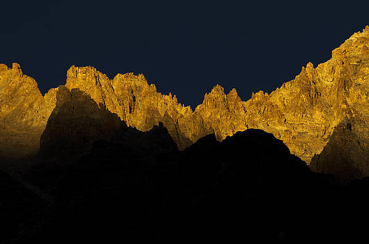 where the sunsets are a Jagged Gold by Rohit Chawla