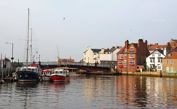 Jane McIlroy - Whitby Harbour