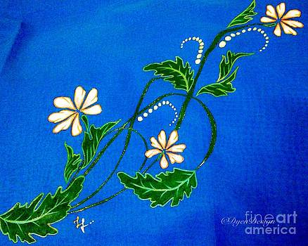 White flowers by Dye n  Design