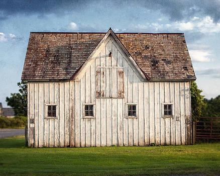 Lisa Russo - White Horse Barn Landscape