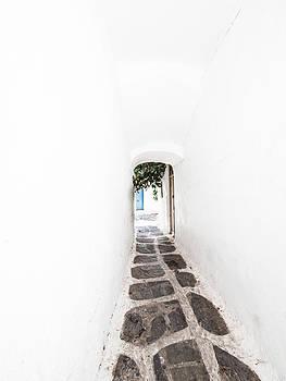 Hakon Soreide - White Mykonian Corridor