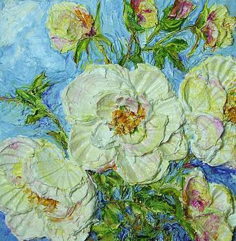 White Roses by Paris Wyatt Llanso