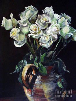 White Roses by Valerie  Bruzzi