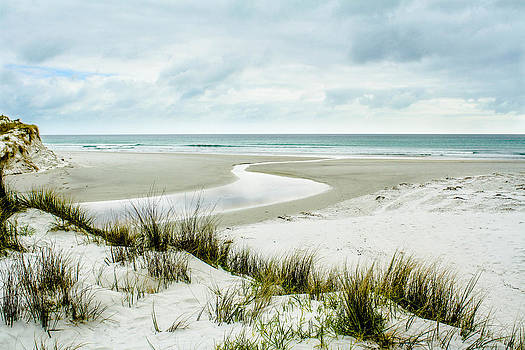 White Sands by Dean Chytraus
