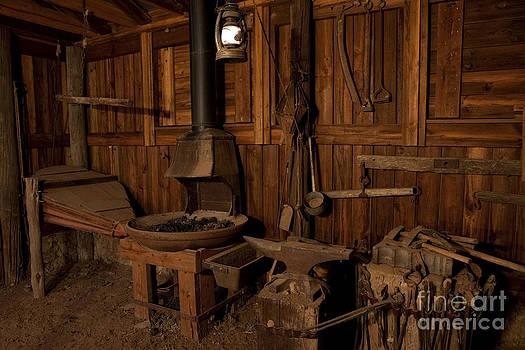 Keith Kapple - Wild West Blacksmith