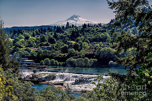 Jon Burch Photography - Willamette River Falls Locks