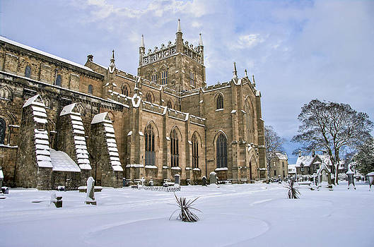 Ross G Strachan - Winter at the Abbey