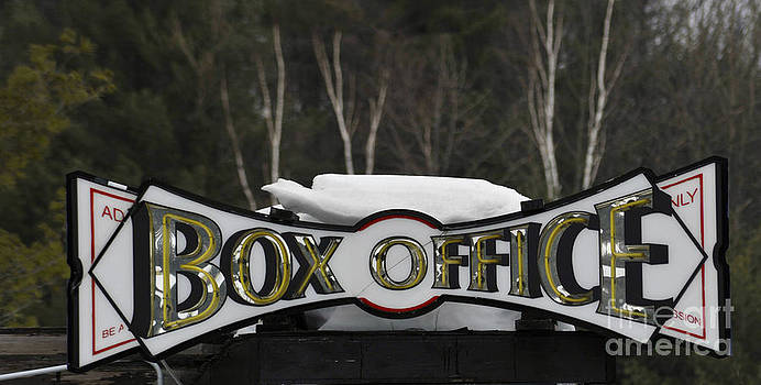 Elaine Mikkelstrup - Winter Box Office