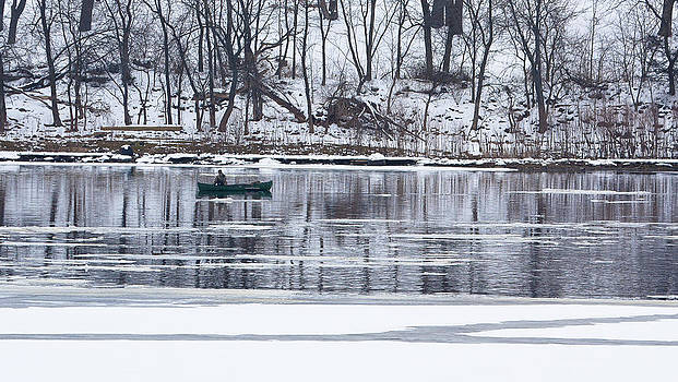Steven Ralser - winter fishing - wisconsin river