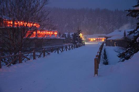 Winter in Xia Xiang by Brett Geyer