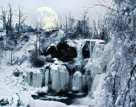 Gothicrow Images - Winter Moon