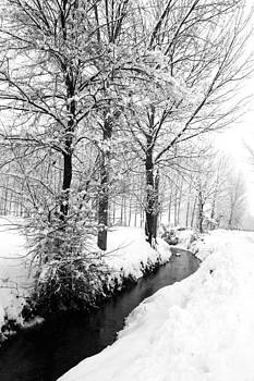 Winter time by Pier Giorgio Mariani