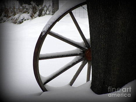 Winter Wagon Wheel by Corinna Garza