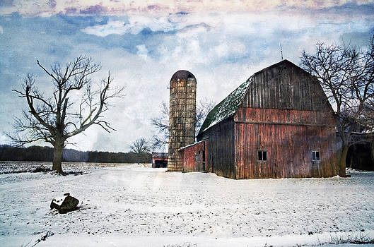 Winters day barn by Cheryl Cencich