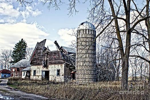 Ms Judi - Wisconsin Old Barn 3