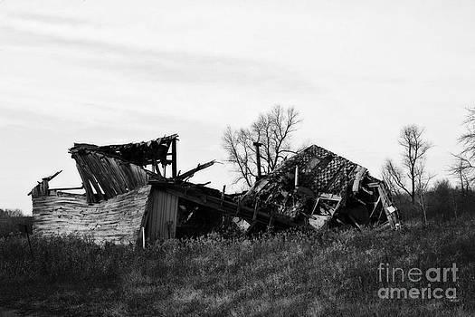 Ms Judi - Wisconsin Old Barn 6 Black and White