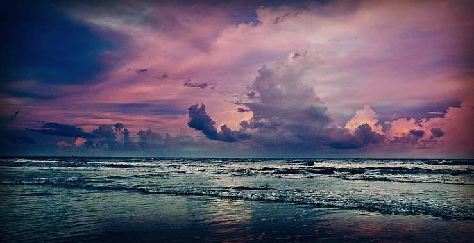 Wispy Sea by Jessica Grandall