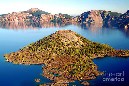 Douglas Taylor - WIZARD ISLAND - CRATER LAKE